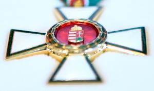 Állami kitüntetések váci kötődésű személyeknek
